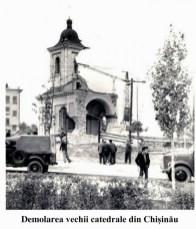 Demolarea vechii catedrale din Chișinău111111