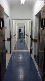corredor-central-acesso-salas