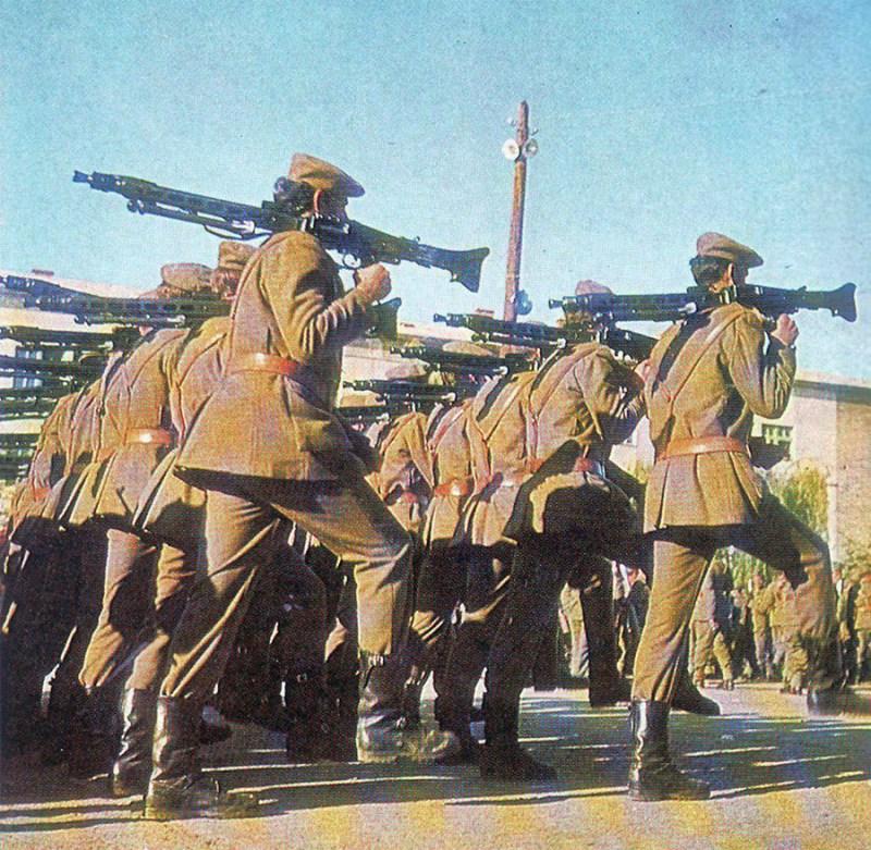 Puškomitraljesci Teritorijalne odbrane 1970 godine