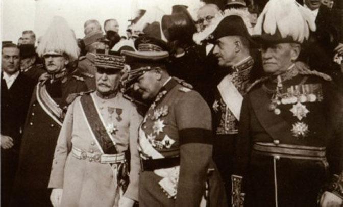 Peten i Gering na sahrani kralja Aleksandra