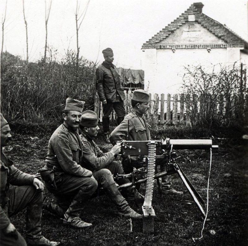 Mitraljezi Maxim 7 mm M1909 na položajima