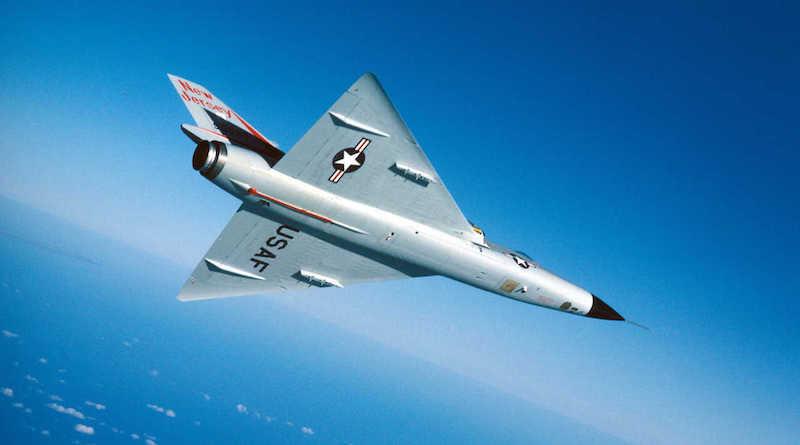 U.S. Air Force Convair F-106A Delta Dart iz 177th Fighter Interceptor Grupe