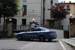 Contrasto alle attività illecite, gli agenti del commissariato di p.zza Cahen arrestano marocchino