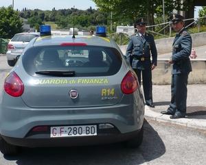 Cinque evasori totali. La Guardia di Finanza contesta un milione di euro