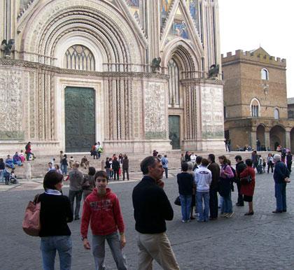 """Flussi turistici, Orvieto per Tutti: """"Serve coesione tra le varie anime imprenditoriali e culturali della città"""""""