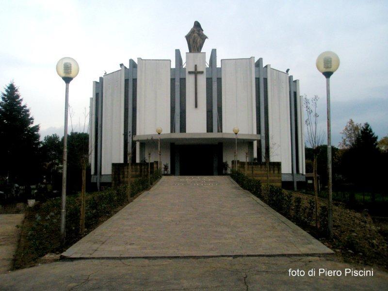 Le vetrate della chiesa di Ciconia
