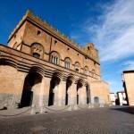 """Nasce """"OrvietoEventi"""", nuovi obiettivi per il Palazzo del Popolo. Li Donni: """"Un Centro Congressi diffuso"""""""