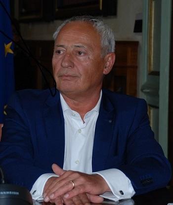 L'assessore Gnagnarini e l'Elogio del debito