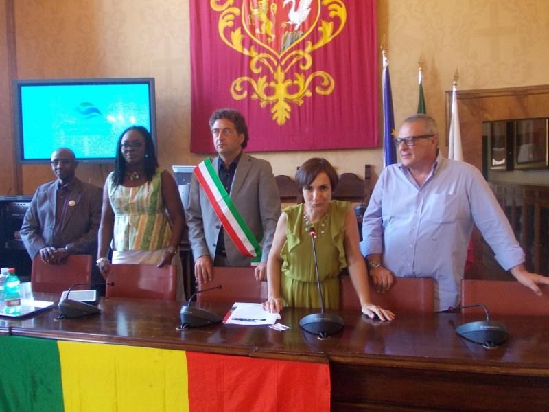 Grande abbraccio tra il Comune di Orvieto e la Delegazione Senegalese