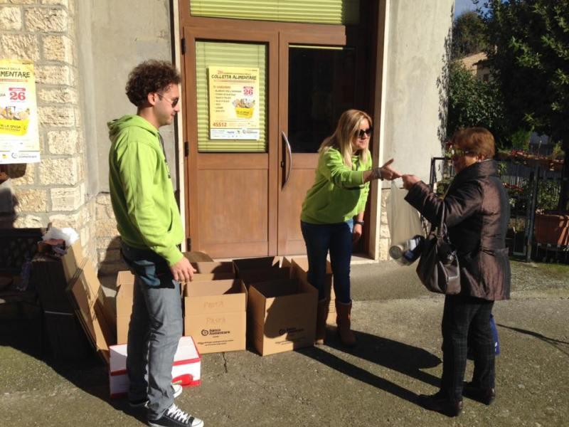 Colletta alimentare, i ragazzi del Gas super attivi nel volontariato