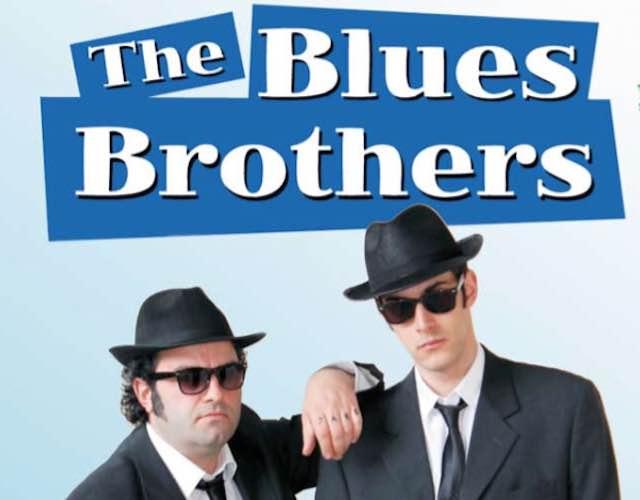 """La Compagnia Mastro Titta  ieri sera al Teatro Mancinelli replica il successo di """"The Blues Brothers"""""""