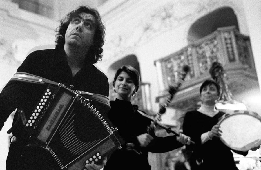 Festival Arte e Fede: l'8 dicembre alle 18.30 concerto di Ambrogio Sparagna nella chiesa di S.Andrea