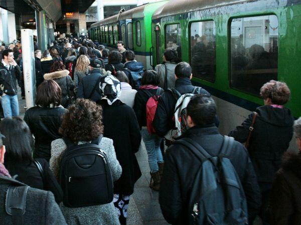 """Treni, pendolari: """"Regione distante dai cittadini dell'Orvietano"""". Deludente l'incontro con Chianella"""