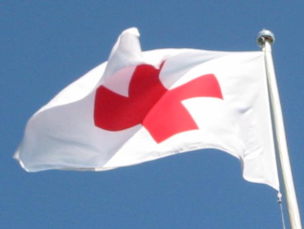 Settimana della Croce Rossa, il Comune di Acquapendente espone la bandiera
