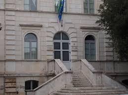 Scuola elementare Luigi Barzini, al via i lavori (affidati nel 2015) di sostituzione degli infissi