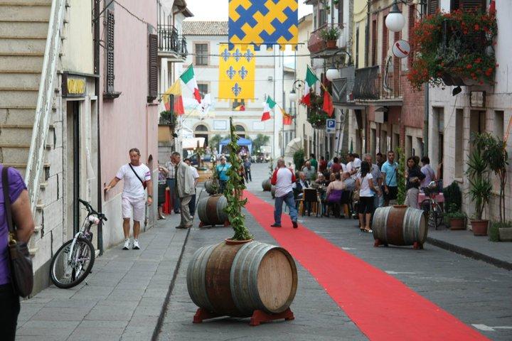Si alza il sipario su la Festa del Vino dei Colli del Tevere, fino al 6 agosto si festeggia con Bacco
