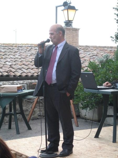 Umberto Coro tira le fila della 7A edizione del premio letterario La Rosa d'Oro di Acquapendente