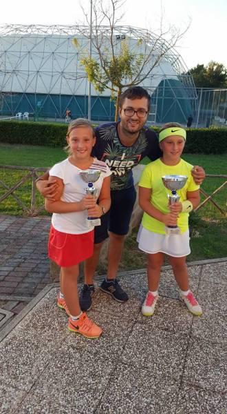 Spettacolare weekend per Tennis Club Acquapendente, tra i finaliste le gemelle Maria Chiara e Caterina