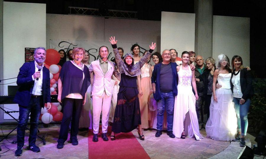 Castel Viscardo, grande successo per la sfilata di moda a Viceno