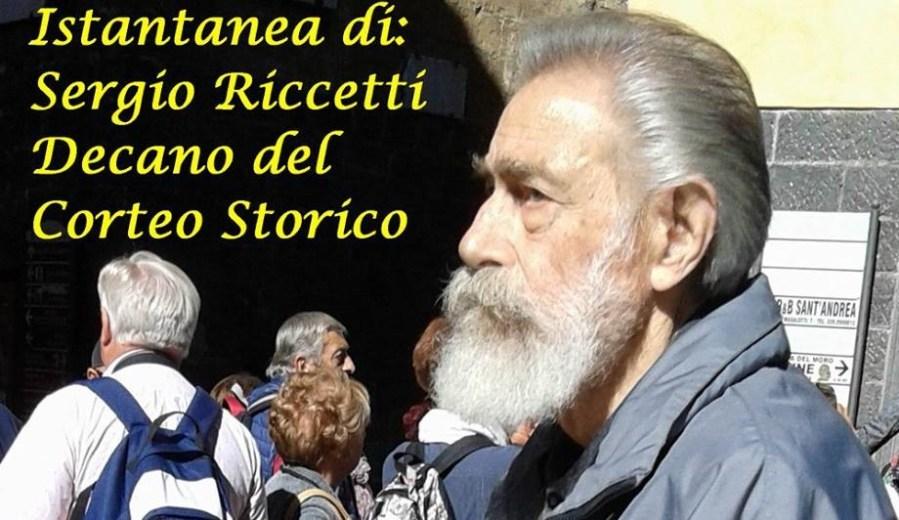Il decano del corteo storico, istantanea di Sergio Riccetti