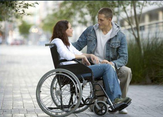 Aperti bandi regionali a sostegno di adulti, anziani, disabili e famiglie