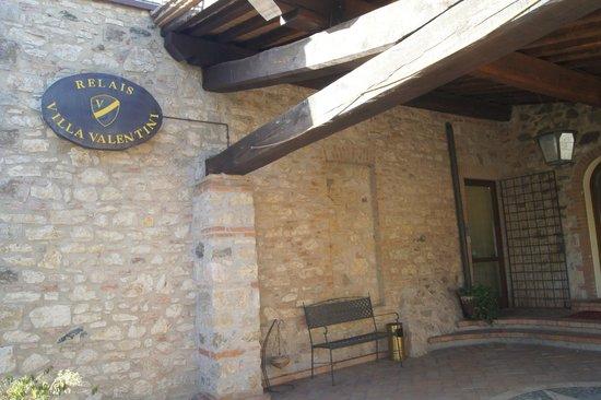 Approvate le destinazioni d'uso per attività di servizi a Villa Valentini in località San Faustino