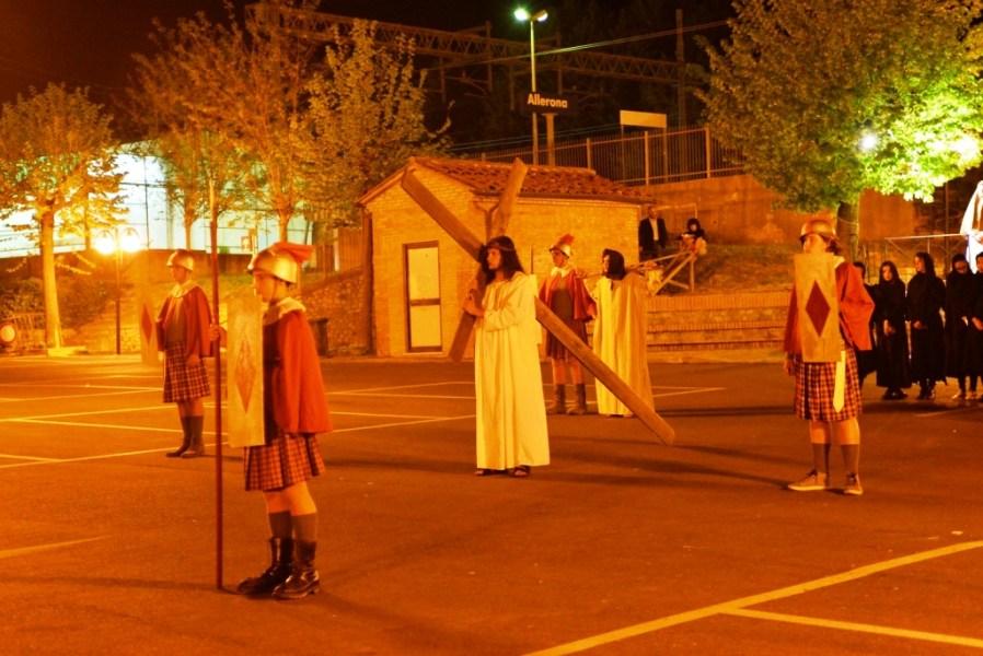 Allerona, si rinnova la tradizione di don Albino Ermini con la rappresentazione della Via Crucis