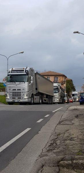 """Ancora troppi camion Sferracavallo-Scalo, il Comitato """"No traffico pesante"""" non ci sta"""