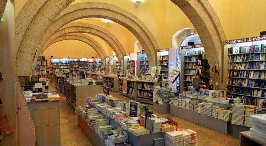 """Libreria dei Sette, Campino: """"Grazie dal cuore"""". Intanto salgono ad oltre 3400 le firme raccolte per scongiurarne la chiusura"""