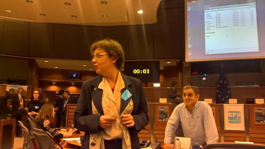 Braccialetto elettronico per gli spazzini, interrogazione di Lucia Vergaglia (M5S)