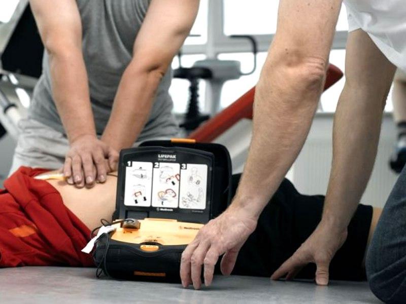 Centro Civico di Narni ha acquistato defibrillatore ad uso dei cittadini