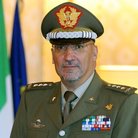 Il generale Falsaperna è il nuovo segretario generale alla Difesa e direttore nazionale agli Armamenti