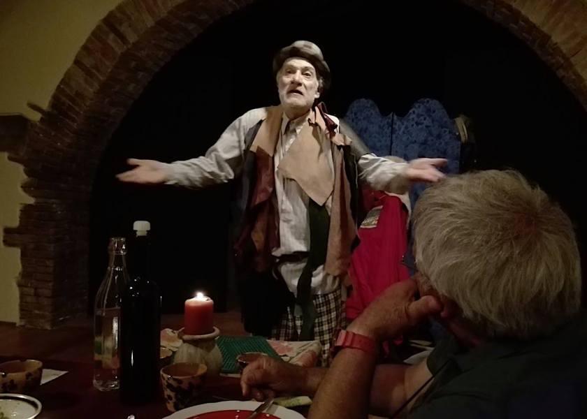 A Civitella D'Agliano ultimi preparativi per l'Osteria da Shakespeare & co.