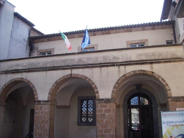 Doppia interrogazione del PD al sindaco Germani su destinazione ex Ospedale e discarica Le Crete