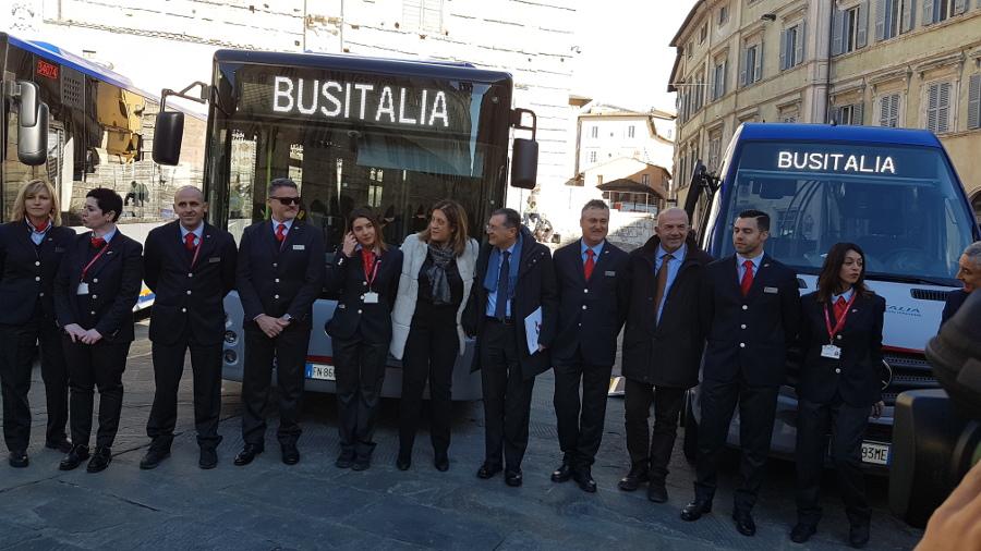 Trasporto, presentati 83 nuovi autobus in servizio in tutta la Regione