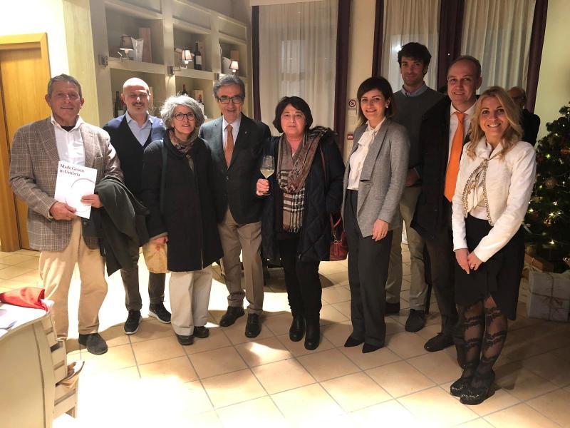 """Il vino è """"Made Green in Umbria"""", progetto europeo per la tracciabilità dell'impatto ambientale e la riduzione delle emissioni inquinanti"""