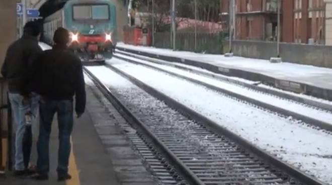 Maltempo, gruppo Fs italiane: attiva preallerta piano neve. Pronte a intervenire oltre 50 persone tra tecnici e operatori ditte appaltatrici