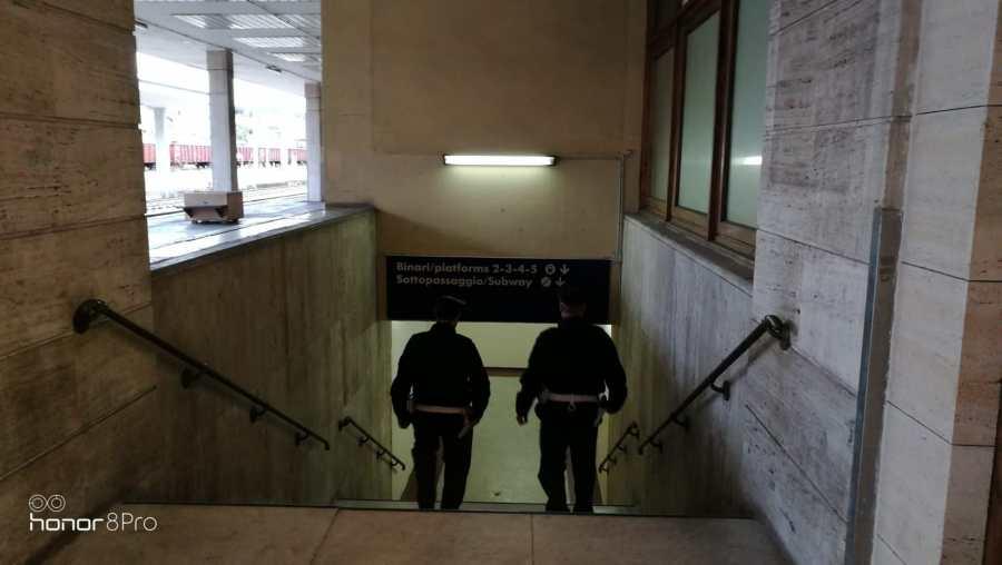 """""""Rail safe day"""", controllati dalla Polfer 43 stazioni ferroviarie e identificate 323 persone"""