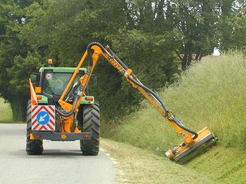 Manutenzione ordinaria del verde e viabilità comunale, al via i lavori di ripulitura e ripristino