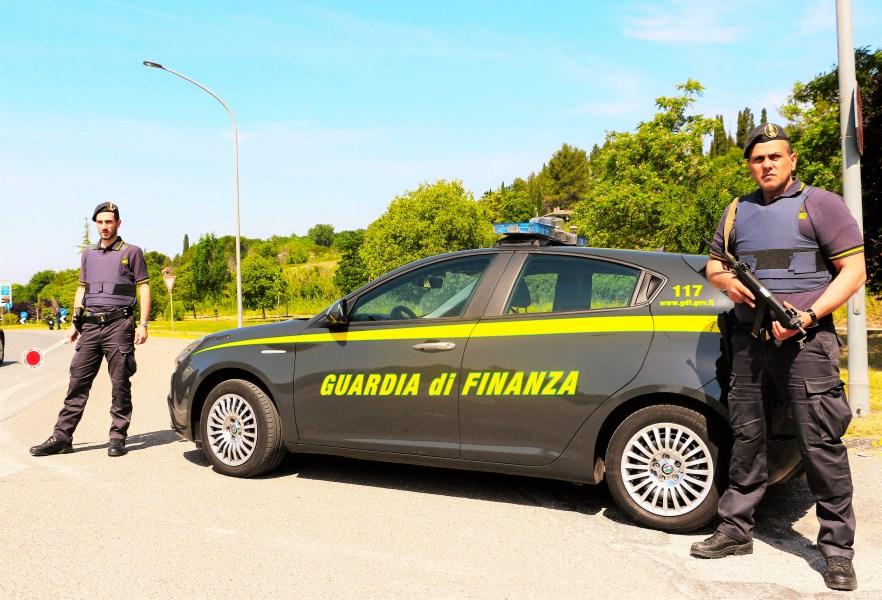 Spaccio di stupefacenti, un arresto e tre denunce da parte della Guardia di Finanza di Terni