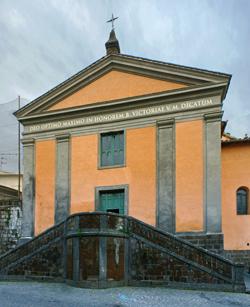Don Enrico Castauro ha annunciato i lavori alla Chiesa di Santa Vittoria. Probabile riapertura per la Madonna del Fiore