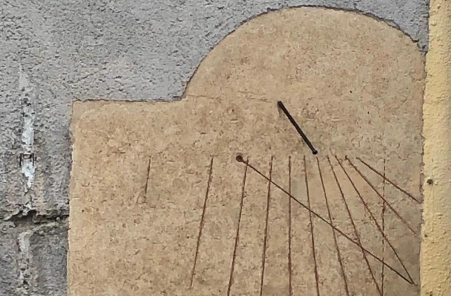 A Castel Viscardo l'antica meridiana ritorna in funzione