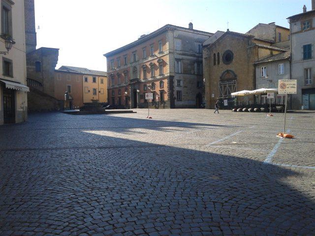 Parcheggio in Piazza del Popolo e viabilità nel centro storico, disco verde ai nuovi provvedimenti. Da lunedì 21 ottobre ecco cosa cambia