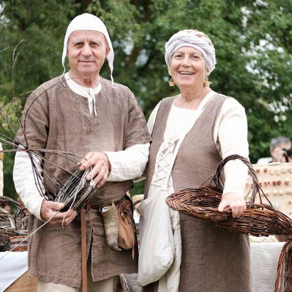 """A """"Non ho l'età"""" la storia del mastro cestaio David Lisei e sua moglie Andreina"""