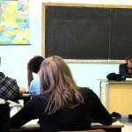 Il Senato cancella i voti alla scuola primaria