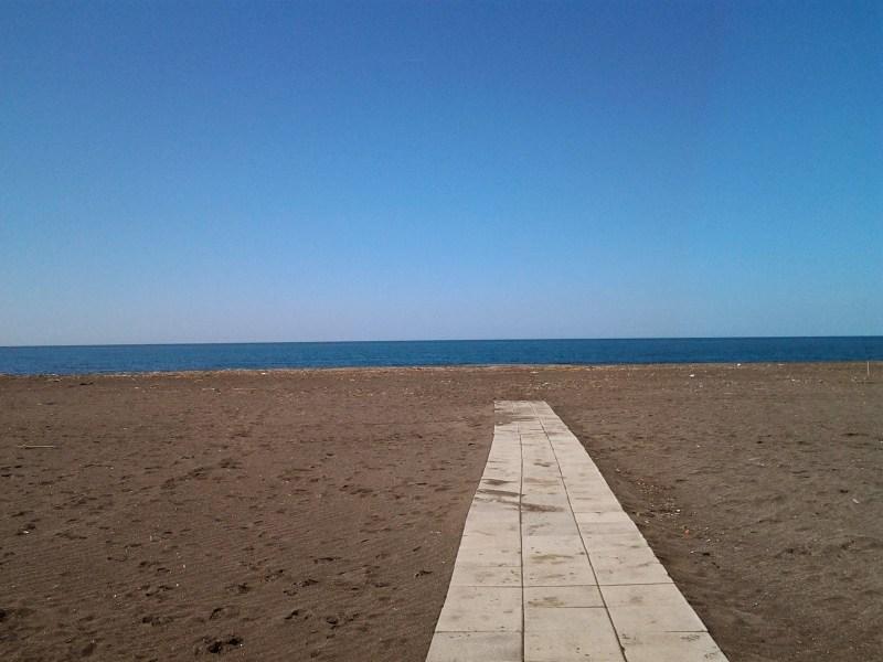 Al via la stagione balneare, a Montalto di Castro spiagge aperte dalle 9 alle 19