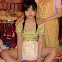 女の子と布おむつ【画像集01】