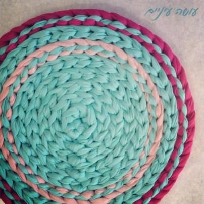 עושה עיניים - טכניקת שטיח מחוטי טריקו || OsaEinaim - T-shirt yarn rug technic