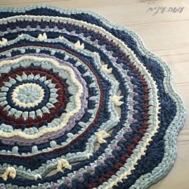 עושה עיניים - שטיח מנדלת טריקו סרוג    Osa Einaim - t-shirt yarn trapillo crohet mandala rug
