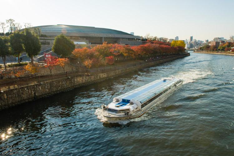 夫婦で楽しみたい。大阪城や中之島をめぐる